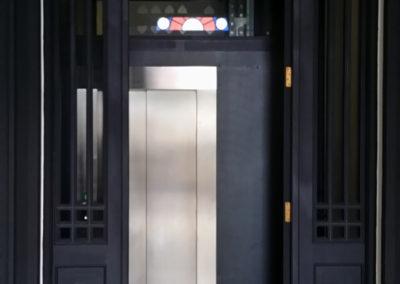 ascensor-en-edificio-protegido-gijon-1